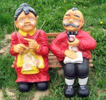 senelis su močiutė , dekoratyvinės skulpturos, lauko sodo dekoracijos, figuros, lauko sodo statuleles, statulos