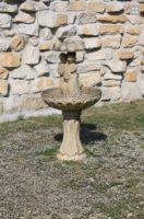fontanas, akmens skulptūros, sodo dekoracijos, kiemo figurėlės, lauko figuros, daržo statuleles, statulos, gyvunu figurėlės, kiemo dekoravimas