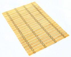 bambukinis stalo padėkliukas