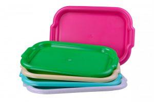 padėklas virtuvinis, plastmasinis, ivairių didžių ir spalvų